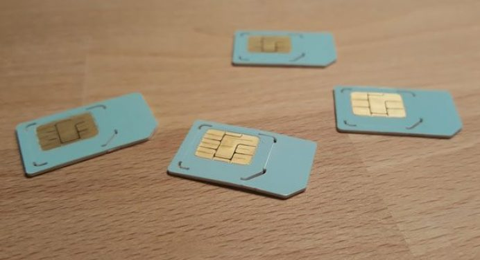 How to Cut a Micro SIM into a Nano SIM card - DIY Guide